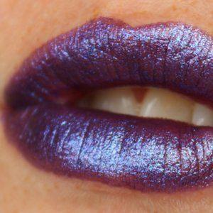 """Last One! NIB MAC Metallic """"ROYAL HOUR"""" Lipstick"""